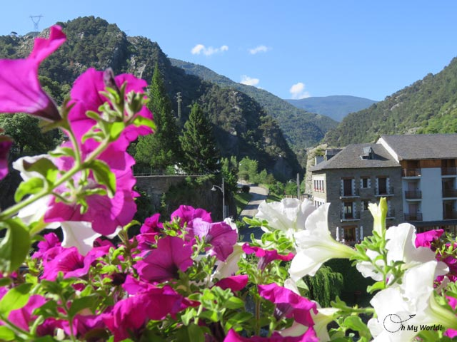 vistas desde el Hotel Lamoga Llavorsí